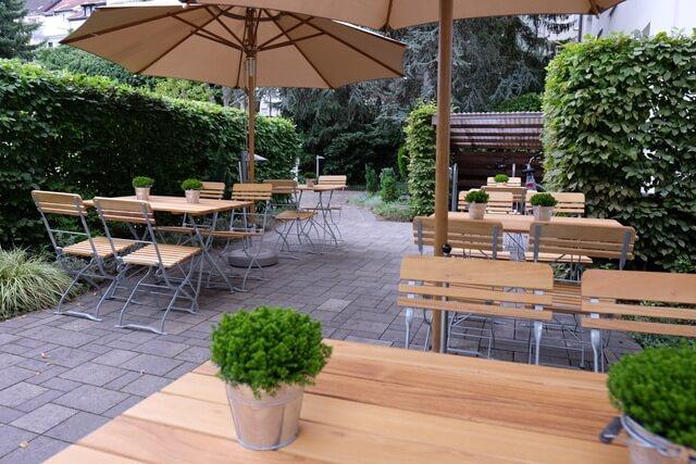 Terrasse Außenbereich Hotel An der Gruga Essen